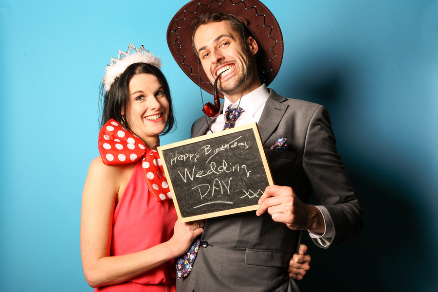 wedding photo booth hire edinburgh - guests with hats on